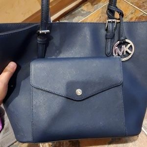Michael Kors Navy Jet Set Tote